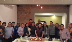 El Diputado Juan Javier Gómez Cazarín parte la rosca de Reyes con Periodistas y Reporteros de los Tuxtlas