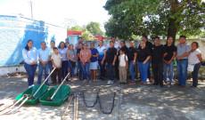 FOSEC realiza entrega de aperos de labranza a la escuela primaria de Tecolapan Lucio Gallardo Pavón