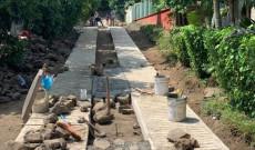 Se inicia la pavimentación en la zona centro de la comunidad Ayotzintla.