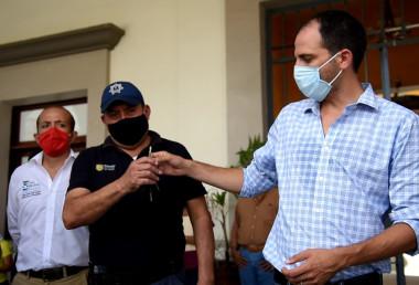 """""""Con nuevas patrullas para la policía municipal, reforzamos la seguridad de los sanandrescanos"""": Tavo Pérez"""